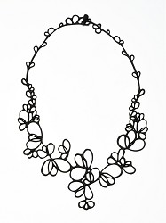 BATUCADA: PETALS NECKLACE